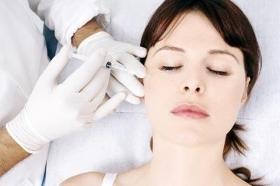 Choisir un spécialiste pour une injection d'acide hyaluronique à Lyon